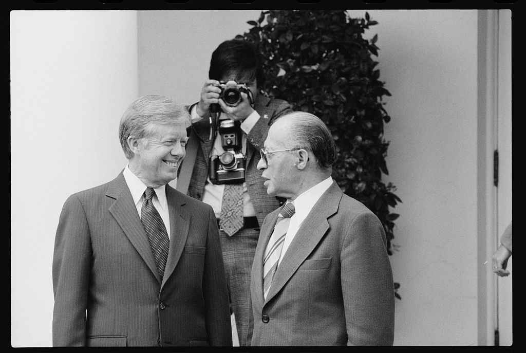 Photo op of President Jimmy Carter and Israeli Prime Minister Menachem Begin at the White House in 1980